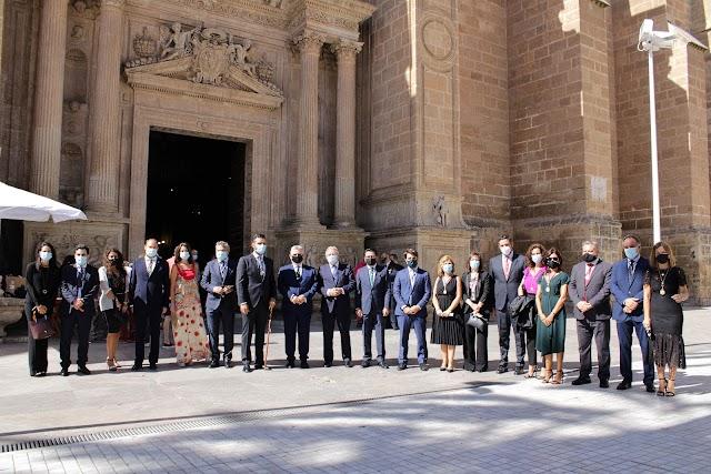 Amplia representación institucional asistió a la misa a la Patrona en la Catedral.