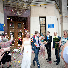 Wedding photographer Polina Kapelyush (chemdroppy). Photo of 14.03.2013