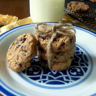 Vegan Chocolate Chip Protein Cookies