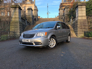 2013 CHRYSLER GRAND VOYAGER LIMITED CRD AUTO