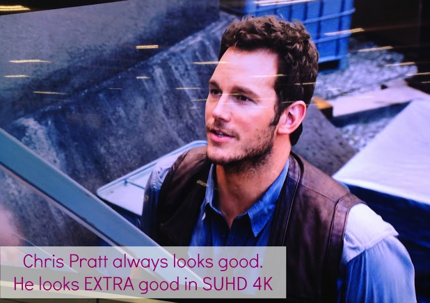 Chris Pratt always looks good, but he looks EXTRA good in Samsung 4k SUHD technology