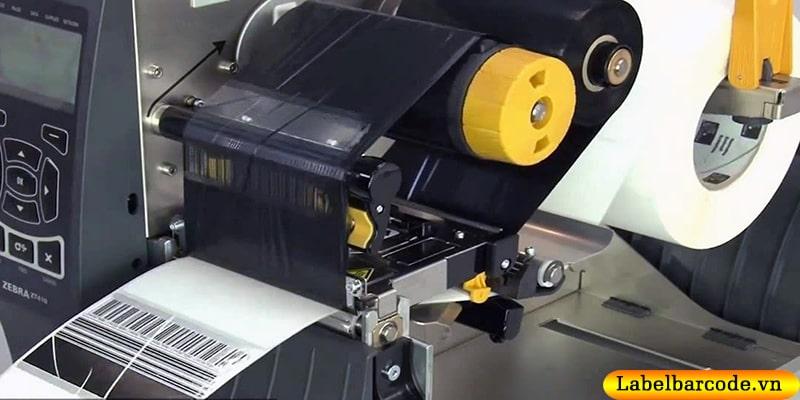 Khắc phục lỗi in tem mã vạch bị xước do nhăn mực trong quá trình in tem