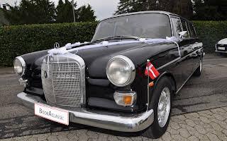 Mercedes 200D - L Rent København