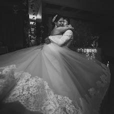 Wedding photographer Oksana Pogrebnaya (Oxana77). Photo of 02.04.2016