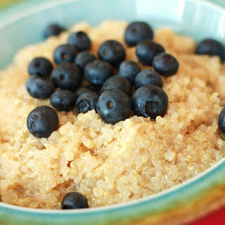 Blueberries & Maple Syrup Quinoa Recipe for Breakfast.