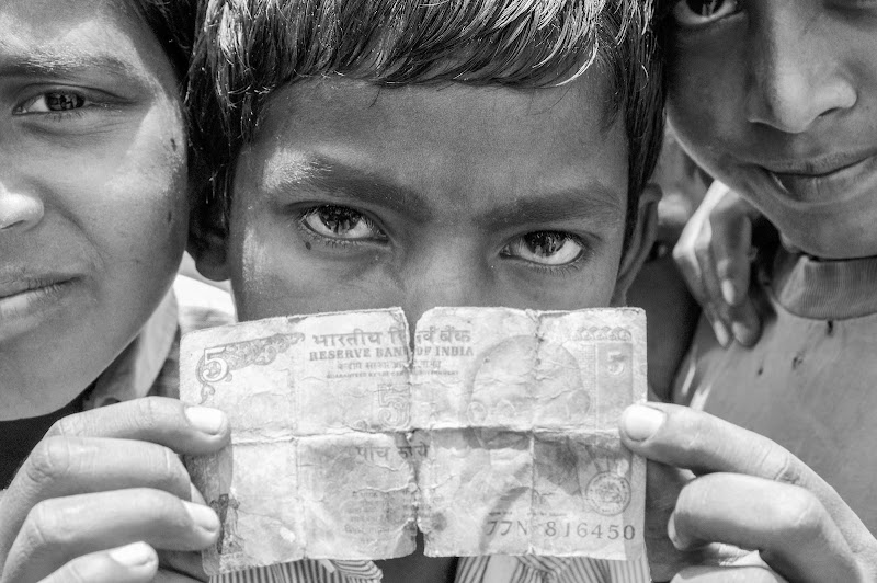 Mother India and sons. di Cristhian Raimondi