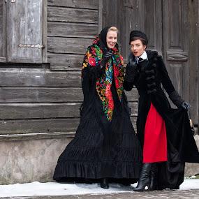 by Eriks Zilbalodis - People Fashion ( fashion, liepaja, oldcity, musican, grey, latvia, women, erikszphoto )