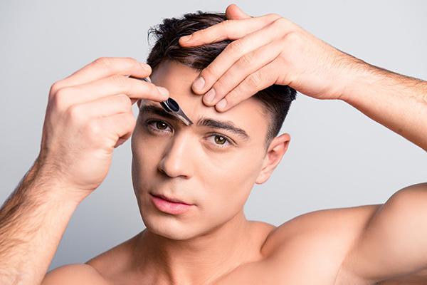 Удалять ли волосы между бровями пинцетом или сделать эпиляцию - unibeauty.ru