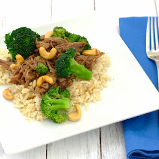 Asian Beef and Broccoli {Slow Cooker}.