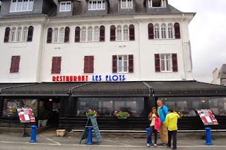 Photo: BRETANYA 2013. PRESQU'ÎLE DE CROZON. MORGAT, restaurant Les Flots