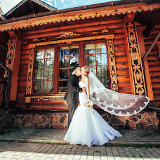 Wedding photographer Irina Kraynova (Photo-kiss). Photo of 25.01.2016