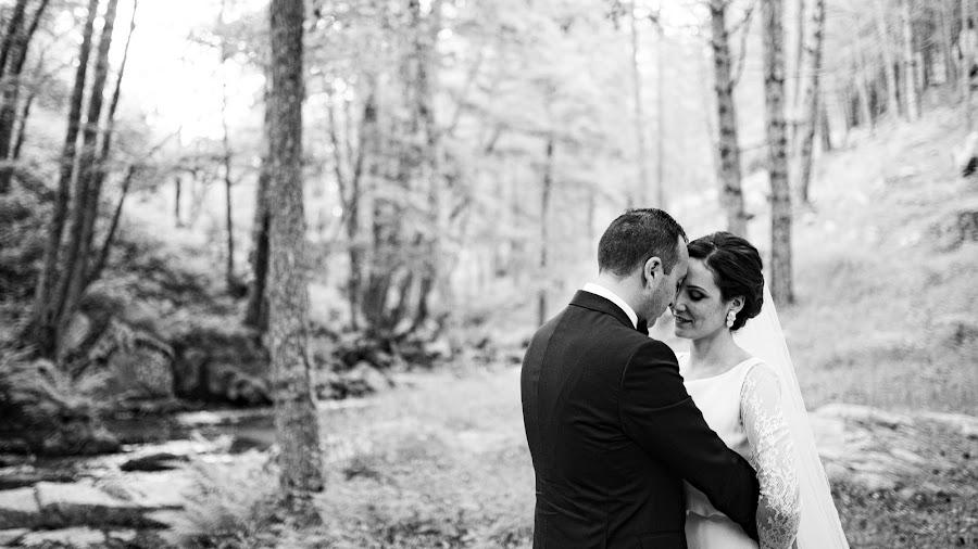 Wedding photographer Leonardo Scarriglia (leonardoscarrig). Photo of 04.12.2019