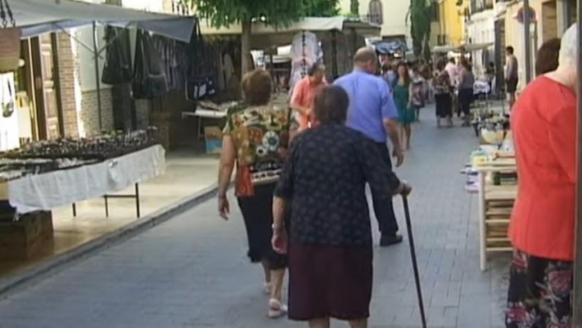 Foto de archivo del mercado semanal.