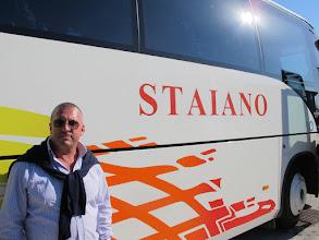 Photo: It.s1P15-141009Carminé et son car, chauffeur principal & chanteur à ses heures  IMG_5809