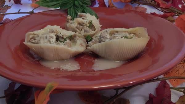 Sausage And Apple Stuffed Pasta Shells Recipe