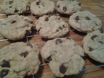 Soft Choc-oat Chip Cookies