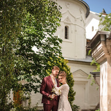 Wedding photographer Darya Babkina (AprilDaria). Photo of 11.09.2018