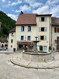 maison à Saint-Hippolyte (25)
