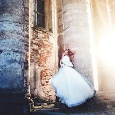 Wedding photographer Oksana Zarichna (photobyoz). Photo of 18.07.2016