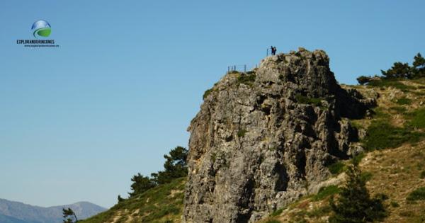 Peña del Cuervo - Mirador del Cuervo hacia el Pico del Nevero