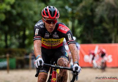 """Belgische kampioen opent met podiumplek en ziet zeer sterk Pauwels Sauzen-Bingoal: """"Met heel veel vooraan"""""""