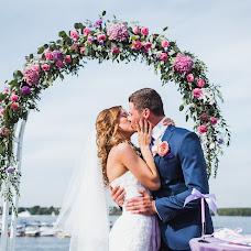 Wedding photographer Slava Khvorostyanyy (Khworostyani). Photo of 08.10.2014