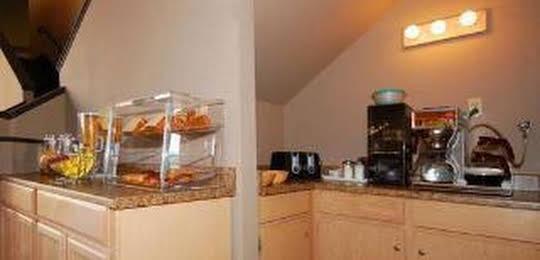 Rodeway Inn & Suites Lake Havasu City