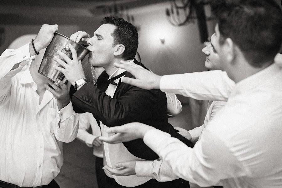Wedding photographer Marius Tudor (mariustudor). Photo of 08.03.2014