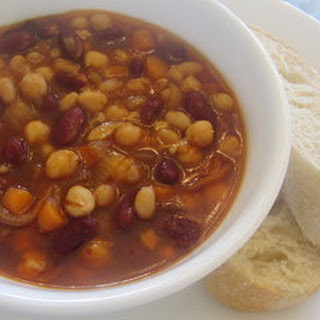 Hearty 3 Bean Stew
