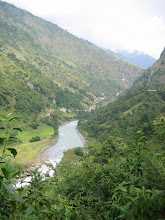 Photo: La vallée de la Marsyandi khola
