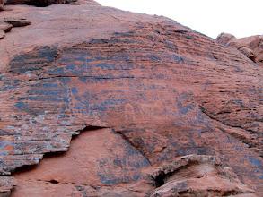 Photo: Mouse's Tank petroglyphs