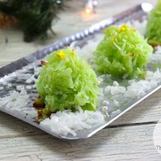Coconut Macaroon Christmas Tree Cookies