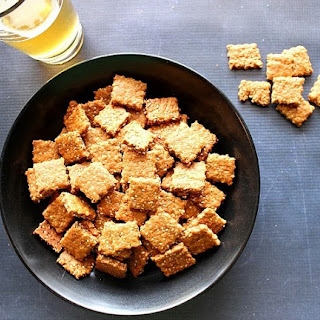Honey Sesame Seed Crackers for #SundaySupper