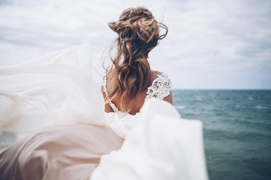 Wedding photographer Pavel Melnik (soulstudio). Photo of 04.07.2014