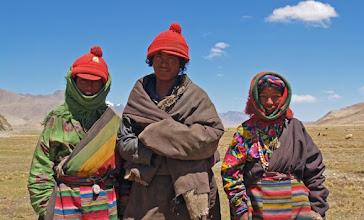 Photo: Tibetan nomads in Western Tibet, near Paryang