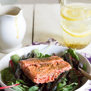 Creamy ginger dressing with grilled salmon and roasted asparagus using Thrive Culinary Algae Oil