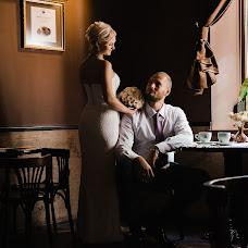 Wedding photographer Vitaliy Manzhos (VitaliyManzhos). Photo of 23.10.2016