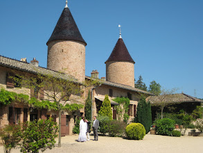 Photo: The courtyard of the Chateau de Chasselas.