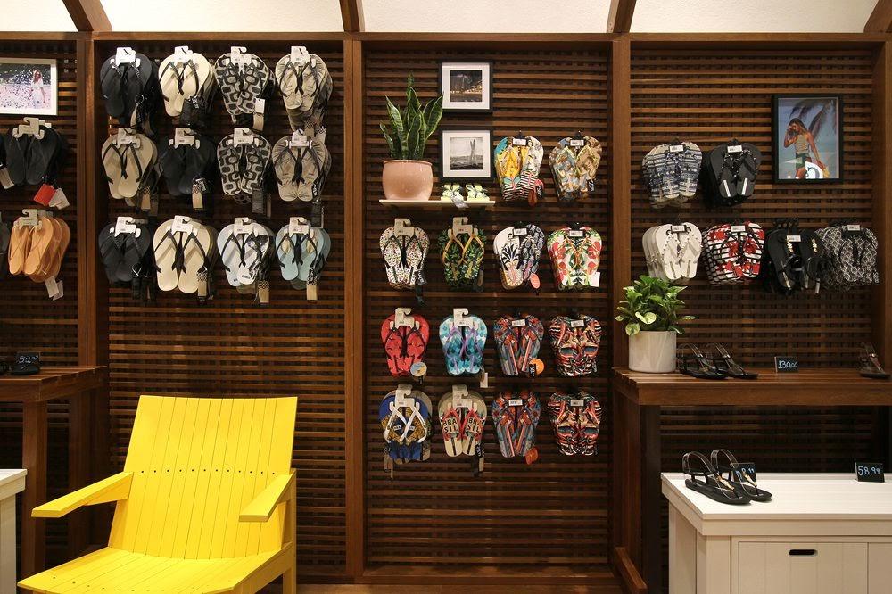 Thiết kế shop giày dép - Thiết kế cửa hàng giày dép 3