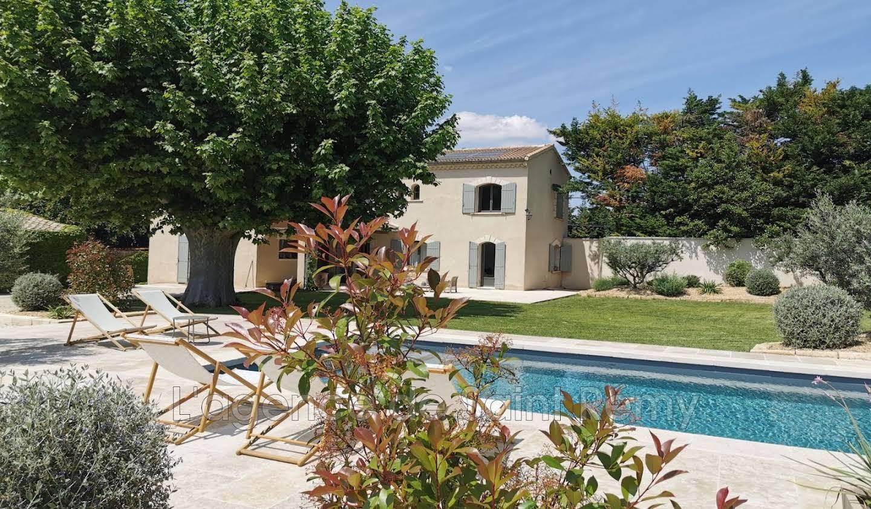 Maison avec piscine Eyragues