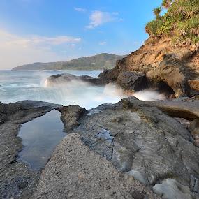 :: Rock & Stone at Kerandangan Beach :: by Putu Ekak - Landscapes Waterscapes
