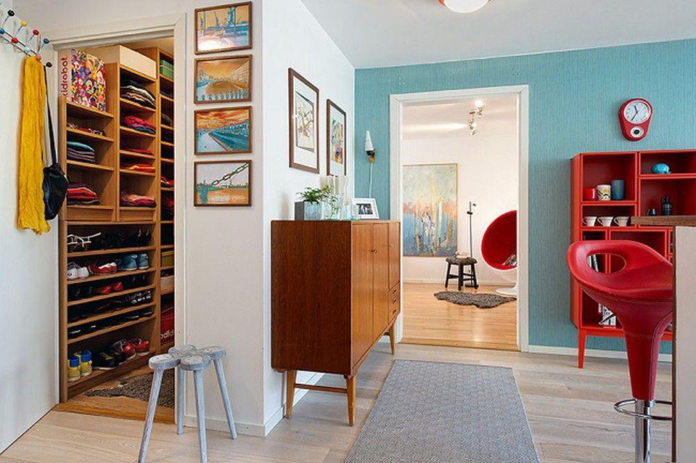 Phòng thay đồ nhà ống gọn, xinh xắn, tận dụng không gian nhỏ