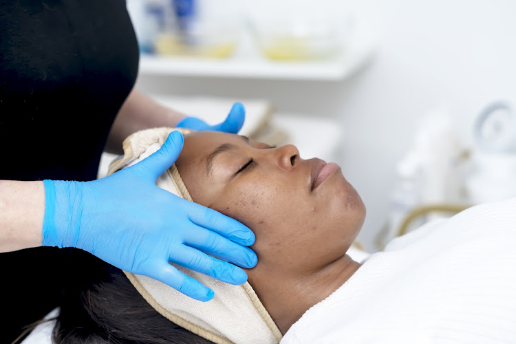 Beauty editor Nokubonga Thusi gets the Hollywood treatment during her iS Clinical Fire & Ice Facial.