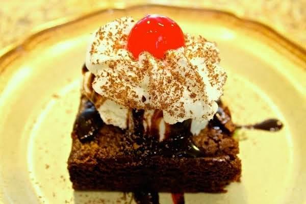 Classic Fudgy Chocolate Brownie Sundae Recipe