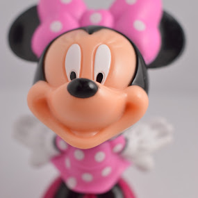 Minnie Mouse by Raymond Umlas - Artistic Objects Toys ( minnie, toys, close-up )