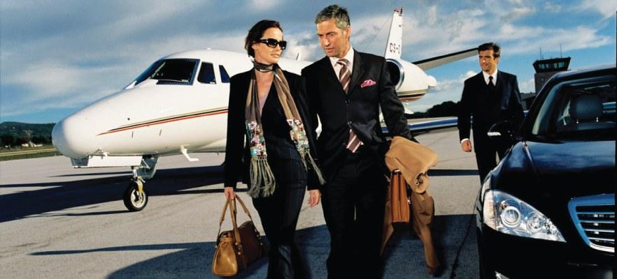http://www.globalserviceonline.it/wp-content/uploads/2015/05/corporate-travel.jpg