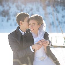 Wedding photographer Maksim Serbulov (serb9). Photo of 07.04.2016