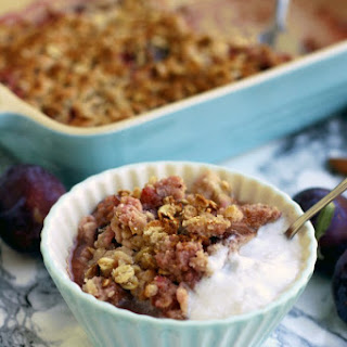 Vegan Plum Crumble
