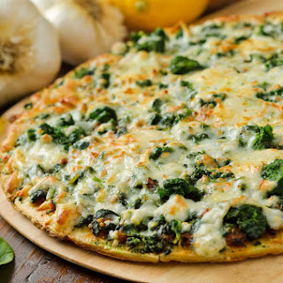 Cauliflower Crust Spinach Pizza - Healthified