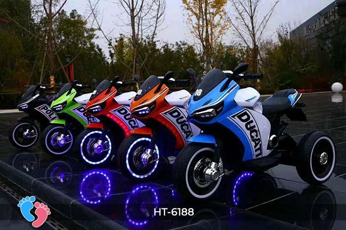 Xe mô tô điện thể thao Ducati HT-6188 2